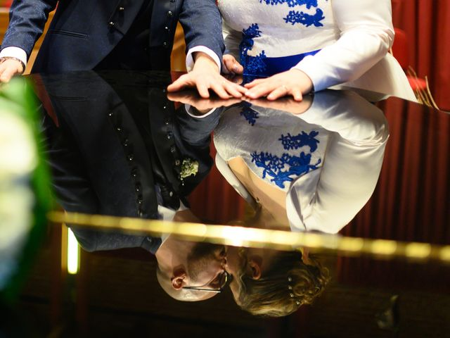 Il matrimonio di Enzo e Valentina a Brandizzo, Torino 23