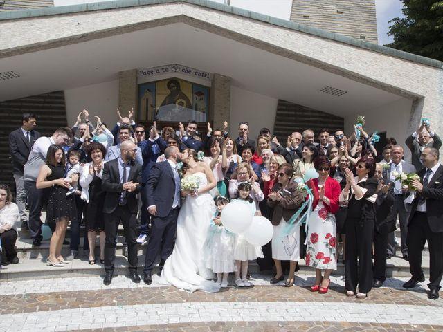 Il matrimonio di Silvio e Sara a Saronno, Varese 16