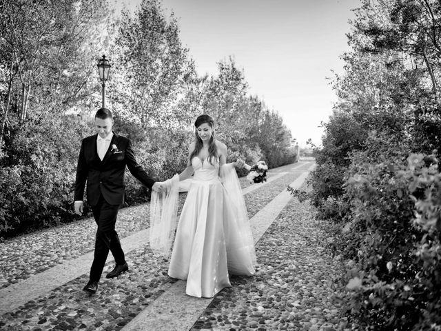 Il matrimonio di Marco e Irina a Borgosatollo, Brescia 32