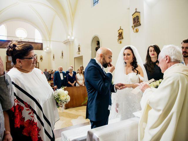Il matrimonio di Oana e Amedeo a Orsogna, Chieti 13