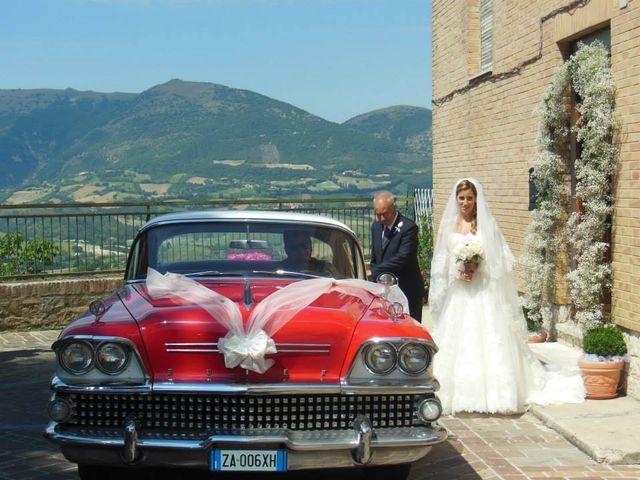Il matrimonio di Annalisa e Alessio a San Severino Marche, Macerata 13