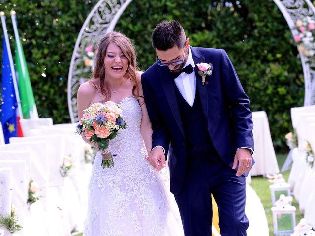 Il matrimonio di Alessio  e Luana  a Mariano Comense, Como 34