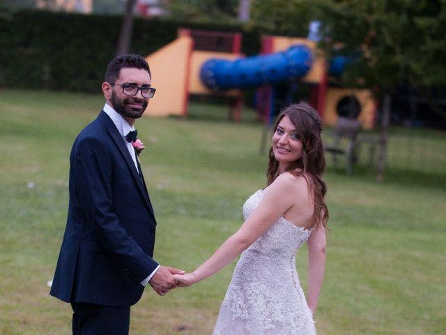 Il matrimonio di Alessio  e Luana  a Mariano Comense, Como 44