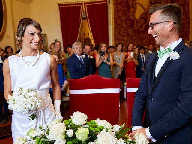 Il matrimonio di Enrico e Simona a Dozza, Bologna 21