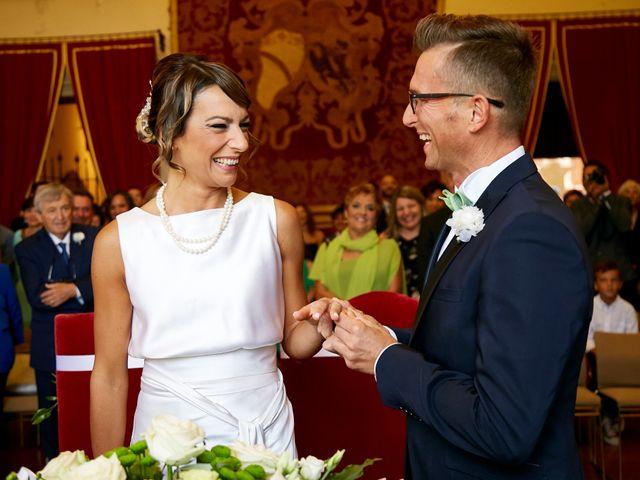 Il matrimonio di Enrico e Simona a Dozza, Bologna 23
