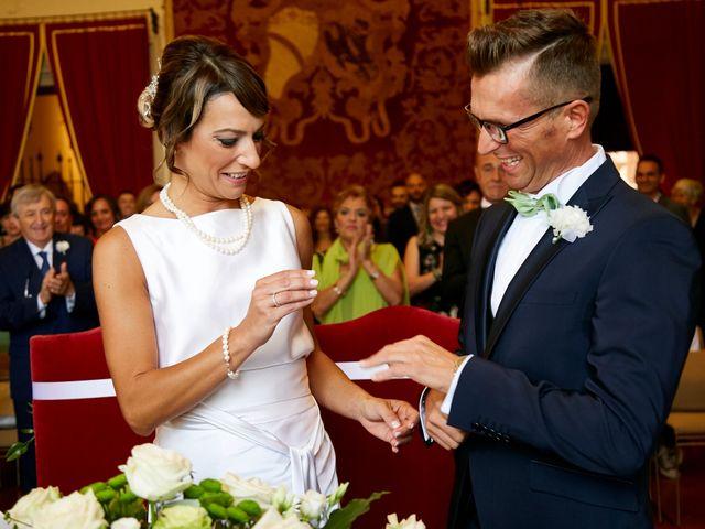 Il matrimonio di Enrico e Simona a Dozza, Bologna 25