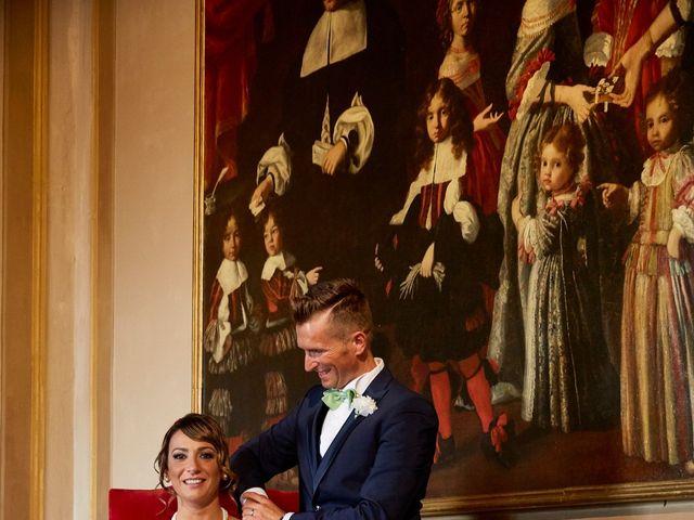 Il matrimonio di Enrico e Simona a Dozza, Bologna 33