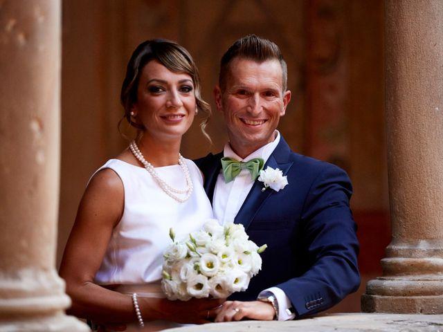 Il matrimonio di Enrico e Simona a Dozza, Bologna 36