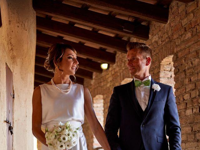 Il matrimonio di Enrico e Simona a Dozza, Bologna 39
