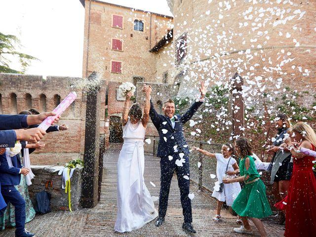 Il matrimonio di Enrico e Simona a Dozza, Bologna 41