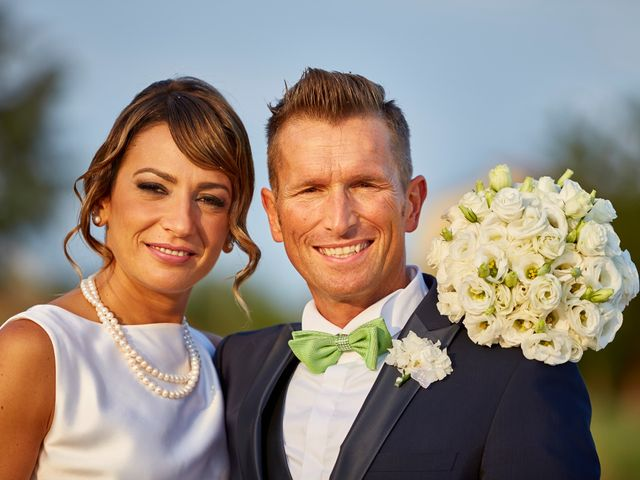 Il matrimonio di Enrico e Simona a Dozza, Bologna 49