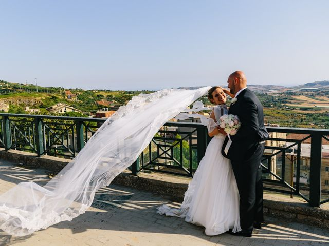 Il matrimonio di Rosario e Enzalù a Caltanissetta, Caltanissetta 16