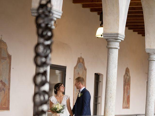 Il matrimonio di Alessio e Elena a Pombia, Novara 30