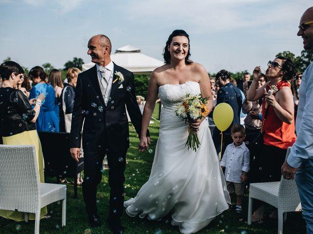 Il matrimonio di Daniele e Claudia a Golasecca, Varese 11