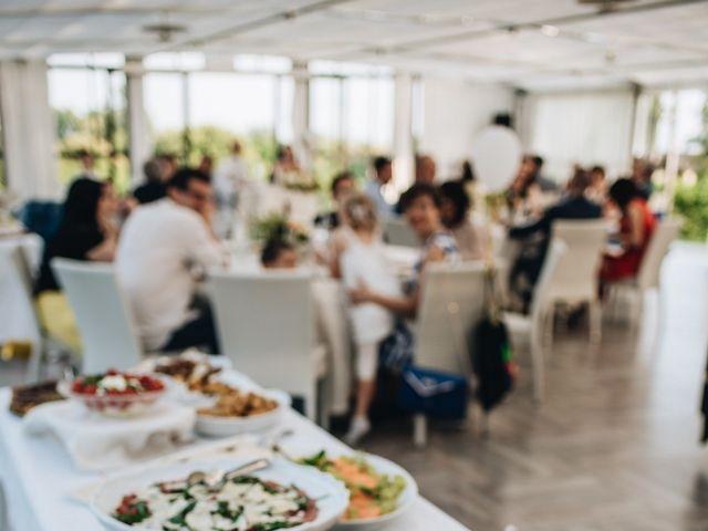Il matrimonio di Daniele e Claudia a Golasecca, Varese 21