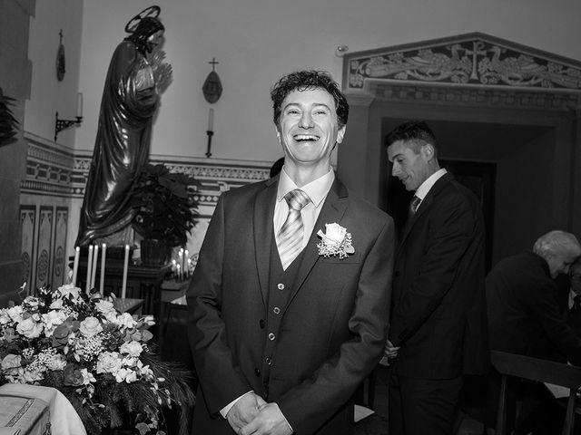 Il matrimonio di Emanuele e Corinna a Pistoia, Pistoia 15