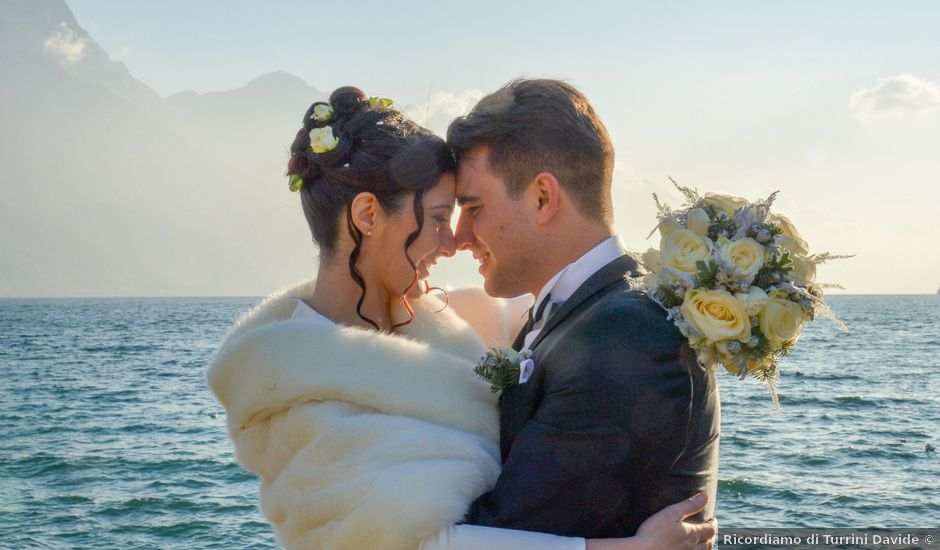 Il matrimonio di Simone e Laura a Dro, Trento