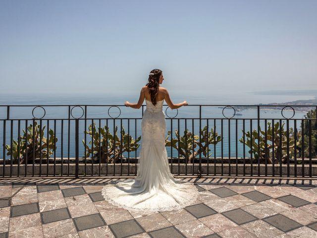 Il matrimonio di Manuela e Simone a Taormina, Messina 18