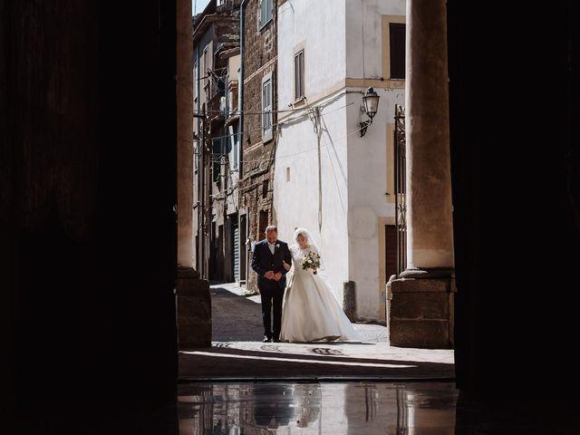 Il matrimonio di Veronica e Mauro a Bassano Romano, Viterbo 28