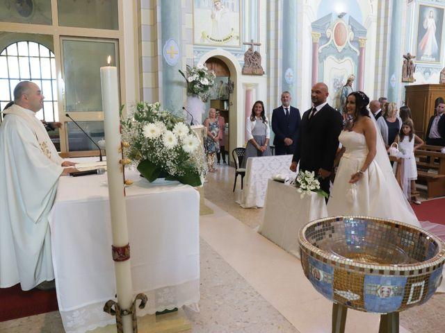Il matrimonio di Oana e Marco a Sant'Agata sul Santerno, Ravenna 13