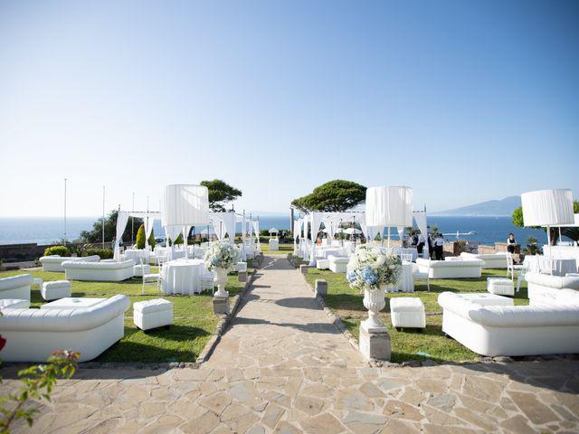 Il matrimonio di Linda e Yannik a Massa Lubrense, Napoli 80