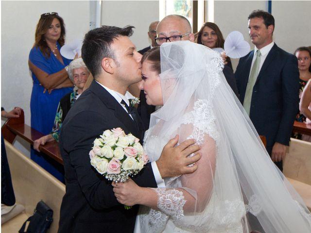 Il matrimonio di Carmen e Francesco a Pozzuoli, Napoli 28