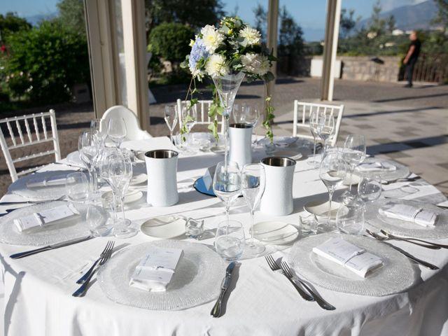 Il matrimonio di Claudio e Angela a Sorrento, Napoli 18
