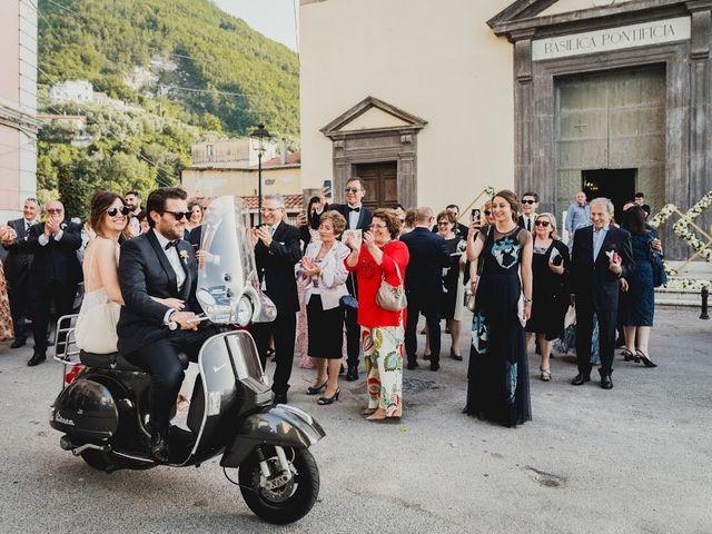Il matrimonio di Daniele e Ilaria a Castellammare di Stabia, Napoli 28