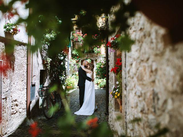 Il matrimonio di Alessio e Antonella a Pescasseroli, L'Aquila 40