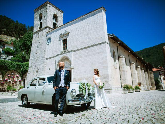 Il matrimonio di Alessio e Antonella a Pescasseroli, L'Aquila 46