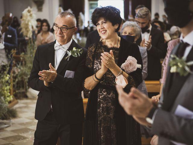 Il matrimonio di Leo e Letizia a Mogliano, Macerata 16