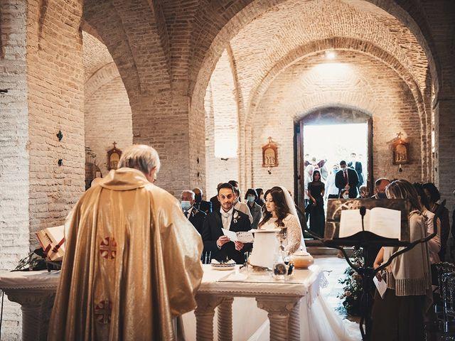 Il matrimonio di Fabio e Giulia a Tolentino, Macerata 16