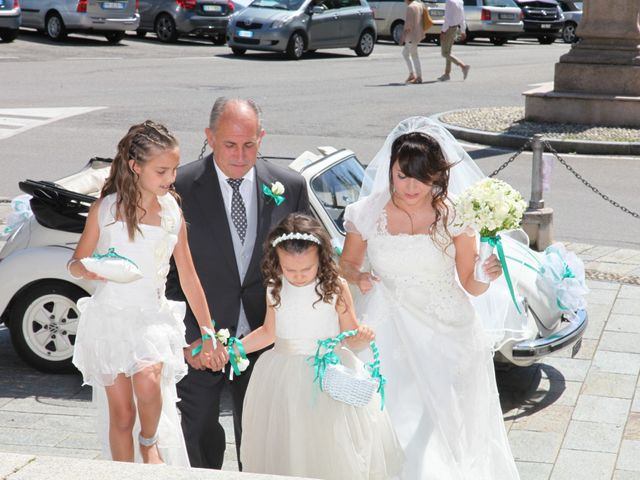 Il matrimonio di Giulio e Consuelo a Ternate, Varese 17
