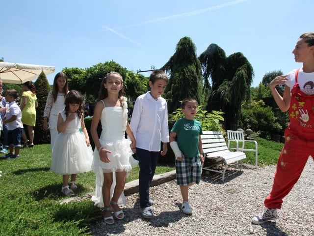 Il matrimonio di Giulio e Consuelo a Ternate, Varese 30