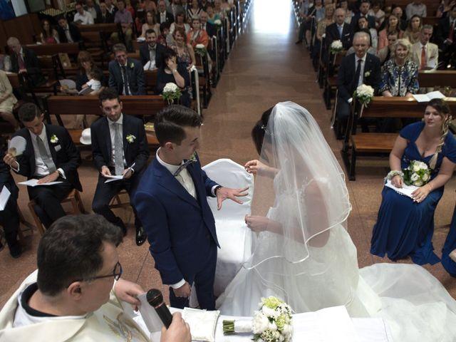 Il matrimonio di Paolo e Martina a Lissone, Monza e Brianza 28