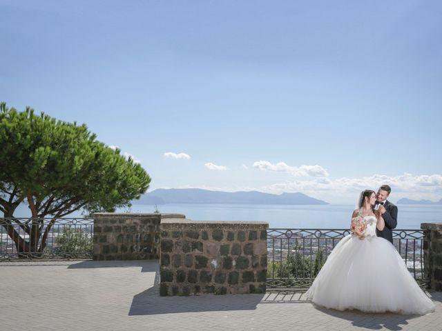Il matrimonio di Davide e Azzurra a Torre del Greco, Napoli 14