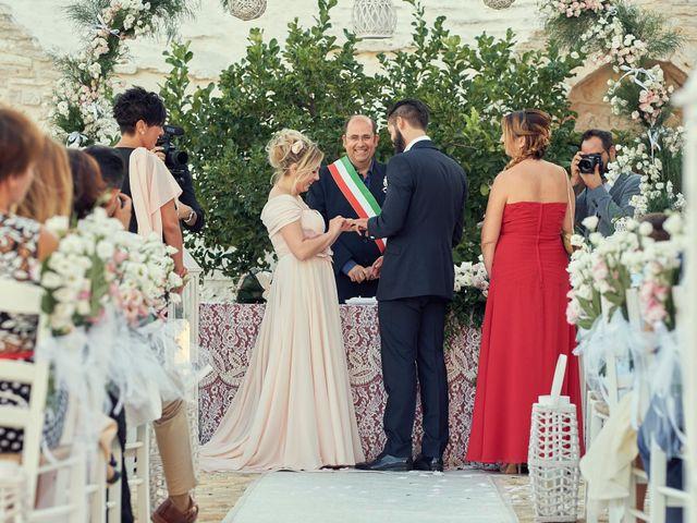 Il matrimonio di Alessandro e Carmela a Ceglie Messapica, Brindisi 26