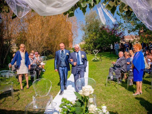 Il matrimonio di Marco e Manuela a Vercelli, Vercelli 11