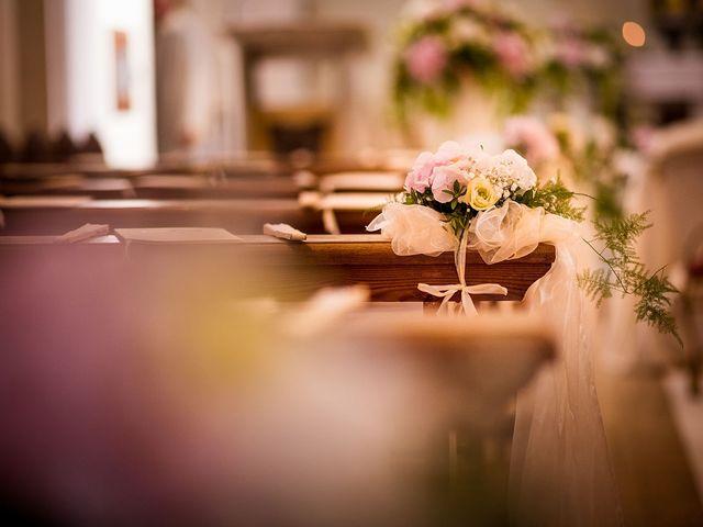 Il matrimonio di Andrea e Valentina a Pesaro, Pesaro - Urbino 15