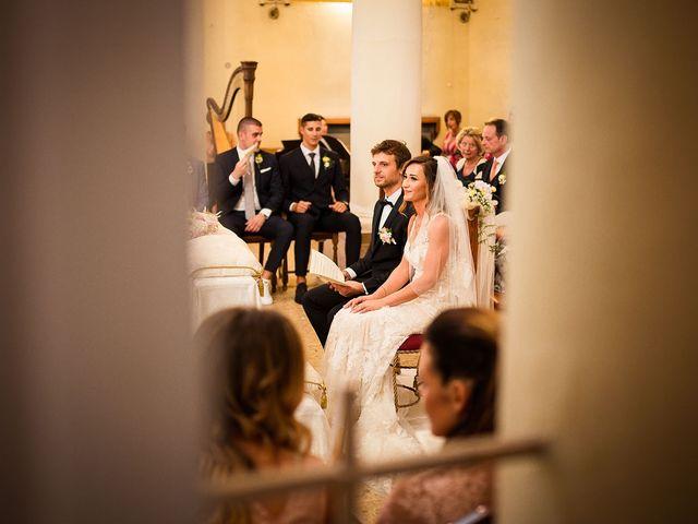 Il matrimonio di Andrea e Valentina a Pesaro, Pesaro - Urbino 20