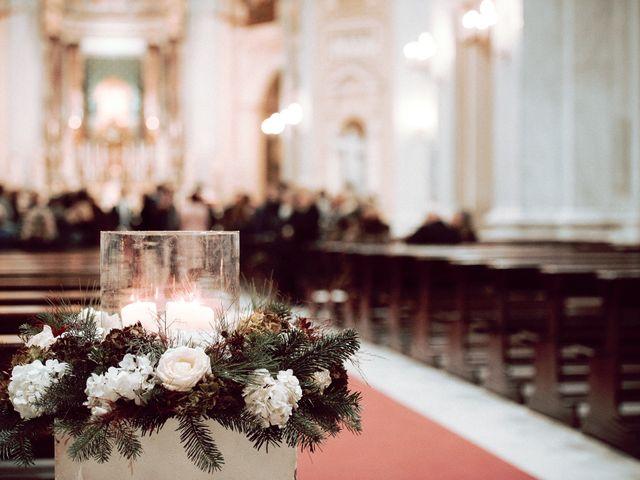 Il matrimonio di Marco e Liana a Napoli, Napoli 17