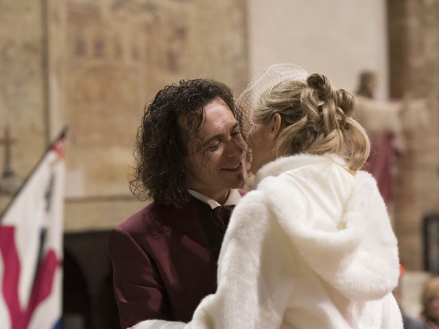Il matrimonio di Michela  e Simone a Siena, Siena 35
