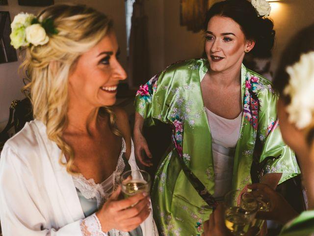 Il matrimonio di Laura e Mattew a Chiusdino, Siena 22