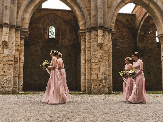 Il matrimonio di Laura e Mattew a Chiusdino, Siena 28