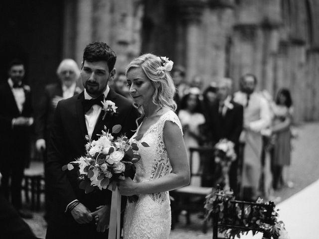 Il matrimonio di Laura e Mattew a Chiusdino, Siena 33