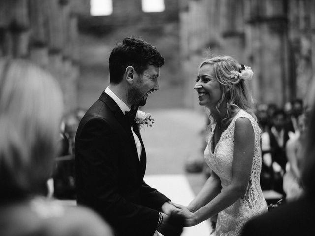 Il matrimonio di Laura e Mattew a Chiusdino, Siena 38