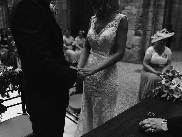 Il matrimonio di Laura e Mattew a Chiusdino, Siena 40