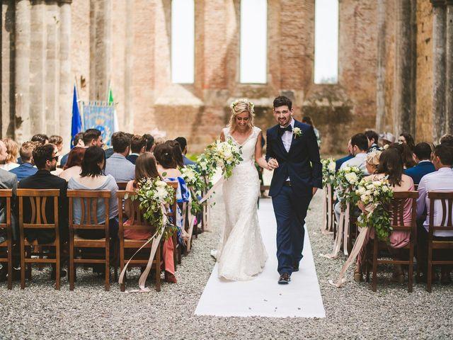 Il matrimonio di Laura e Mattew a Chiusdino, Siena 46