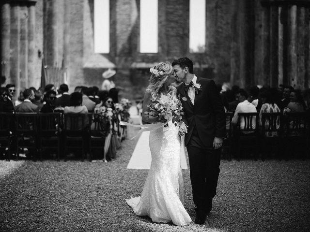 Il matrimonio di Laura e Mattew a Chiusdino, Siena 47