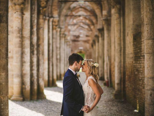 Il matrimonio di Laura e Mattew a Chiusdino, Siena 57